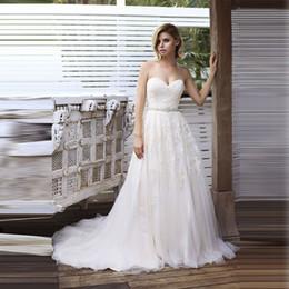 vestido de novia de hombro abierto Rebajas 2019 Sweetheart A-Line Vestido de novia fuera del hombro Apliques Vestidos de tul Cremallera trasera abierta con vestido de novia BUtton ML8717