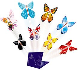 Wholesale Butterflies Card - Novelty wedding favors surprising flying butterfly for wedding cards,letters,books,gifts and flowers creating big supperise