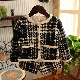 Wholesale Cardigan Childrens - Hug Me Girls Baby Childrens Outfits & Sets Kids Clothes 2016 New Atumn Winter Cardigan Jackets Coat and Shorts 2Sets ZZ-956