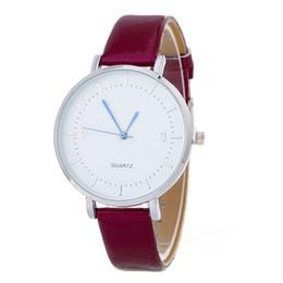 Moda 2017 nueva plata esfera de cuero de las mujeres bandas finas reloj al por mayor de la vendimia señoras vestido de cuarzo relojes de pulsera para mujeres desde fabricantes