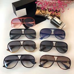 2020 due occhiali da sole a colori marca donne occhiali da sole firmati per gli uomini occhiali da sole per le donne womens mens occhiali da sole degli uomini del progettista di marca degli occhiali da sole di design a due colori e la scatola sconti due occhiali da sole a colori