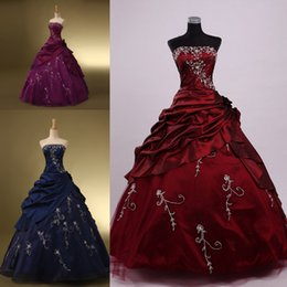 Wholesale Cheap Girls Dress Up - 2015 Cheap Vintage Quinceanera Dresses Purple Lace Up Ball Gown Sweep Train Applique Sweet 16 Dress Girls Prom Dresses Gowns for Quinceanera