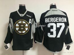 Jersey negro de la práctica del hockey online-30 Equipos-Venta al por mayor Hombres Boston Bruins # 37 Patrice Bergeron Negro / Verde Amarillo 2015 Jerseys de práctica de hielo Hockey Jerseys