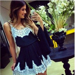 Wholesale Hot Sleeveless Clothes For Women - 2015 Hot Sale Lace Spaghetti Short Casual Dresses Sexy Backless Mini Party Dresses For Woman Black And White Cheap Women's Clothing