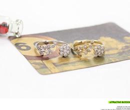 Wholesale Open Diamond Ring Flower - Stylish temperament diamond twisting leaves wishful flowers open ring forefinger ring wholesale free shipping