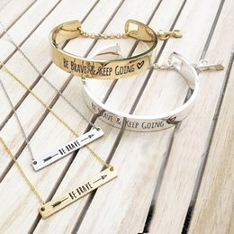 Wholesale Arrow Bracelet Bangle - Free shipping Stainless Steel double color Arrow Gold Be brave and keep going message bracelet engraved fashion bracelet BC-0009