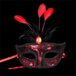 2019 maschera i pezzi (60 pezzi / lotto) Nuova plastica con rivestimenti in pizzo e decorazione in piume 6 colori disponibili maschere da festa eleganti da donna maschera i pezzi economici