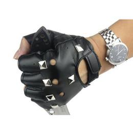Wholesale Dancing Gloves For Men - Wholesale-Black Color Men's PU Leather Rivet Punk Style Gloves,Fashion Hip Hop Jazz Dance Show Half Finger Gloves For Men