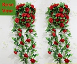 Decorazione di cerimonia nuziale Nuova decorazione floreale 10pcs / Lot del partito della parete della casa di nozze della ghirlanda d'attaccatura della vite della rosa di seta artificiale della decorazione Nuovo Trasporto libero da