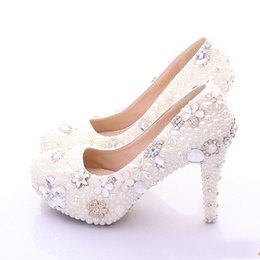 Wholesale Wedding Shoes Ivory Pearls - Plus Size Bridal Shoes White Womens Shoes on Sale 2016 Fashion Luxurious Pearls Crystals Wedding Party Prom High Heel Shoes