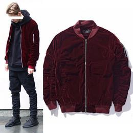 Vinhos vintage on-line-Atacado-2018 NOVA moda Kanye West Oversized Jackets Vintage vinho vermelho homens mulheres tecido de veludo plissado manga Designer Bomber Jacket Coats