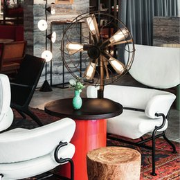 buddha di luce di loto Sconti 2016 nuova lampada da tavolo vintage moderna Edison E27 portalampada ferro artigianale fan lampada American country retro stile breve e luci di moda