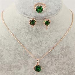 Envío gratis Newly mujeres 14k oro amarillo lleno esmeralda collar de cristal austriaco pendientes anillo de la joyería desde fabricantes