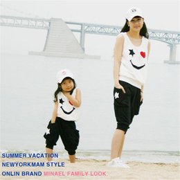 Wholesale Mom Daughter Clothing - Matching Mother Daughter Clothes Sets Fashion Family Mom Girl 2pcs Outfits Mommy Me Summer Fashion Sleeveless Tshirt+Short