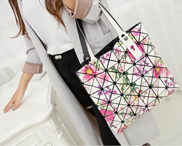Wholesale Cheap Colorful Handbags - Handbags large tote bags fashioned for women colorful geometric Quilted cheap designer branded leather Tote handbags bags sale CD package