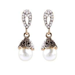 Boucles d'oreilles vente directe en Ligne-Gros vintage zircon perle boucles d'oreilles usine vente directe coréenne mode diamant boucles d'oreilles pour cadeaux de Noël