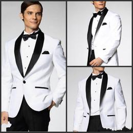 2019 vestito di colore marrone Due pezzi Custom Made generoso classico bianco One smoking dello sposo Groomsmen Best Man Suit Mens Abiti da sposa (giacca + pantaloni + cravatta)