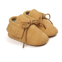 Wholesale Red Crib Shoes - Newborn baby moccasins Leisure PU Leather First Walkers Crib Babe Star Pattern Handsome Retro Baby Shoes