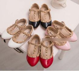 Wholesale Korean Red Black Sandal - New 2015 girls shoes rivet Princess Children Shoes Fashion Korean Kids Sandals Spring Autumn Girl One Strap Button Casual Shoes CX031