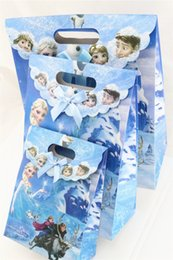 Wholesale Gift Wrapping Paper Cartoon - Xmas Christmas Gift Anime Cartoon frozen theme printing hand bag paper bag hand length handle loot bag gift Wrap for Event Party Free Ship