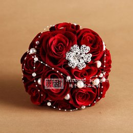 Wholesale Cheap Pearl Decorations - Dark Red Wedding Bouquet with pearl cheap wedding decorations Foam FLower Fall Wedding Favors Bridal Bouquet 2016 In stock