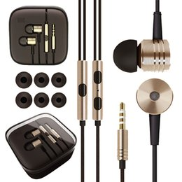 Разъем для наушников для мобильного телефона онлайн-Wholesale-High Quality Headphones Stereo 3.5mm Jack Bass In Ear For MP3 player noise isolating Earphone For Mobile Phone With MIC