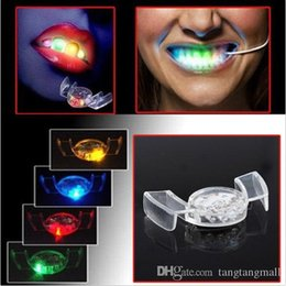 Wholesale Silicone Mouth Guard - V1NF LED Flash Light Tooth Toy Mouth Guard Piece 4 Colors Party Glowing Christmas gift Free Shipping A5