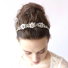 Wholesale Beautiful Hair Flowers - BlingBling Beautiful Bridal Hair Accessories Flower Beads 2016 Handmade Girl's Party Headbands Shiny Wedding Headpieces for Bride CPA462