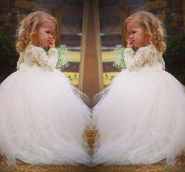 Wholesale Halloween Prom Dresses - 2015 Long Sleeve Lace Sweet Flower Girl Dress For Weddings Vintage Ball Gown Chapel Train Tulle Prom Dresses for Girls