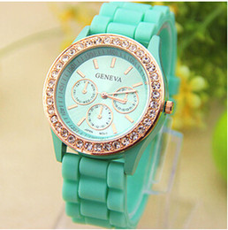 Wholesale Silicone Jelly Belts - New Colorful Fashion Shadow Geneva Crystal Diamond Jelly Rubber Silicone Watch Unisex Men's Women's Quartz Candy Watches Gold wristwatch