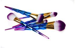 peine la cuchilla peina el cabello Rebajas 2017 Sirena Tornillo Unicornio Diamantes Calabaza Pinceles de Maquillaje Conjuntos 3D Colorido Pinceles Profesionales Fundación Cepillo Cosmético Set Kit Herramientas b816