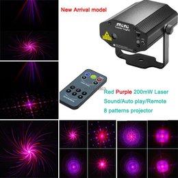 Wholesale Red Purple Laser Show - Wholesale-new 2015 Red Purple laser Projector remote 8 patterns Stage lighting light disco xmas Dance Party DJ bar stage Light Show mv8