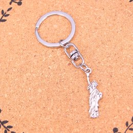 Wholesale Fairies Statues - New Arrival Novelty Souvenir Metal statue of liberty new york Key Chains Creative Gifts Apple Keychain Key Ring Trinket Car Key Ring