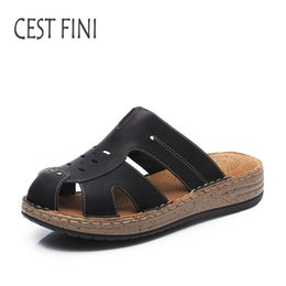 Wholesale canvas slippers for men - CESTFINI Slippers For Women New summer Slippers Ladies Leather Flat Handmade Famous Brand Shoes #SL003
