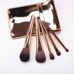 Escovas de maquiagem coreano on-line-Coreano Moda 5 pcs Kit Pincéis de Maquiagem de Ouro Lidar Com Cabra Escova de Cabelo Cosmético Set Com Saco de Ouro Blush Sombra de Olho Escova
