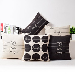 Wholesale indoor outdoor modern cushion cover live laugh love english letters pillow case chair sofa almofada dots throw pillow case