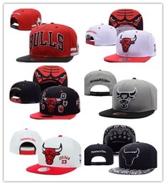 Wholesale Hip Hop Snapback Cap Hats - Cheap hot Brand Hip Hop Bulls Gorras Snapback Fashion Adjustable Basketball Baseball Cap Hat Bones Chicago Free Shipping