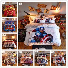 Deutschland HEIßER Kinder-Cartoon-Bettwäsche-Sets 8 Farben Superhero Cartoon-Bettwäsche-Set Drei vierteilige Kissen Bettlaken Bettdecken Decken Baumwolle Kostenloser Versand Versorgung
