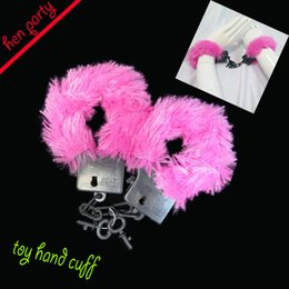 Wholesale Handcuffs Pink - Hen party handcuffs sex toys pink hen night girls party wedding decoration jok products bride to be event hen party supplies