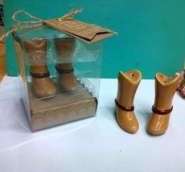 Wholesale Wholesale Ceramic Bunnies - New Arrival Just Hitched Ceramic Cowboy Boot Salt and Pepper Shaker Wedding Favors 200pcs(100sets) LOT T