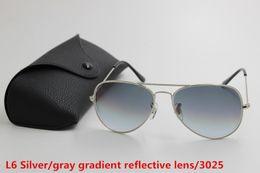 2019 caixa superior de vidro 1 pcs top marca de moda piloto óculos de sol designer de óculos de sol para mulheres dos homens gradiente liga de metal prata cinza lente de vidro 58mm caixa preta caixa superior de vidro barato