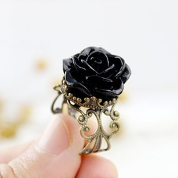 Wholesale Rose Flower Jewelry - Vintage Jewelry Rings for Women Fashion Colorful Rose Hollow Out Flower Finger Gothic Ring
