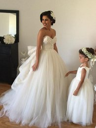 Wholesale Short Fluffy Lace Dresses - Latest A-Line Wedding Dresses Sweetheart Beaded Lace Fluffy Backless Wedding Gowns Princess Ball Gown Wedding Dresses