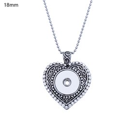 Wholesale Unique Red Necklaces - SBC1505071 Hot Sale 18mm Snap Jewelry Button Pendant Antique Silver plated Crystal Unique Love Heart Design Snap Holder Jewelry diy,noosa