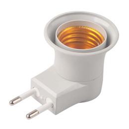 Suporte da lâmpada on-line-Novo E27 CONDUZIU a Lâmpada de Luz Tomada Masculino para UE Tipo Plug Adapter Conversor W / ON OFF Titular do Botão