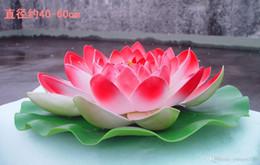 2019 acqua fluttuante artificiale di loto 60 cm di diametro bellissimo fiore di loto artificiale fiori d'acqua galleggianti per l'ornamento di Natale decorazione della festa nuziale forniture acqua fluttuante artificiale di loto economici