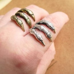 Wholesale Eagle Claw Punk - Min.order is $15 (mix order) - foreign trade jewelry wholesale personalized retro punk texture Eagle Claw Ring-j087