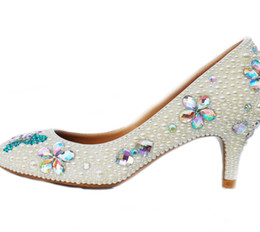 Canada Artisanat Chaton Talon Chaussures De Mariage Ivoire Perle Banquet Prom Party Chaussures Strass Mariée Chaussures À Bout Rond Formelle Robe Talons supplier ivory pearl rhinestone wedding dress shoes Offre