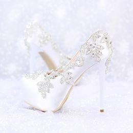 Wholesale Bride Wedding Flat Shoes - White Diamond Wedding Shoes Elegant Satin Round Toe Bride Shoes Banquet Shoes Women Shoes Party Prom Shoes