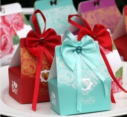 Wholesale Wedding Gift Boxs - 100pcs New style blue and red Wedding Carton Candy Box bowknot Laser Cut Candy Gift Boxs Wedding Party Favor Box THZ21-21